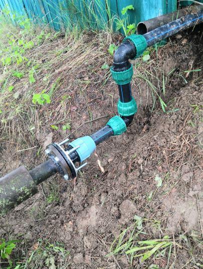 Соединение ПНД трубы и стальной. Врезка водопровода