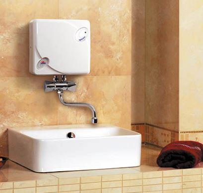Установка водонагревателя проточного, накопительного